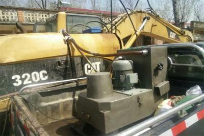 挖掘机液压油净化现场