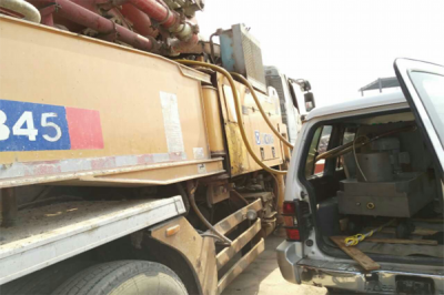 水泥泵车液压油净化现场
